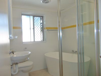 Fully Renovated 2 Bedroom Apartment