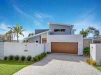Modern Alex Beach Home