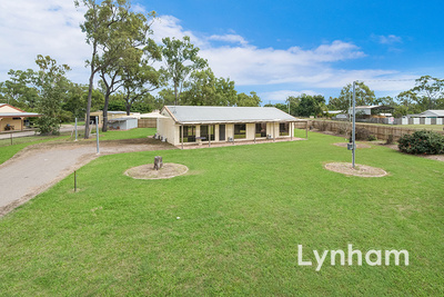 Three bedroom plus study on 2232sqm in the Northern beaches