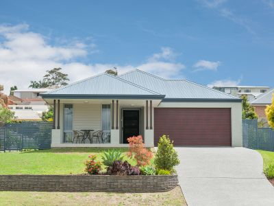 89 Spinnaker Way, Corlette