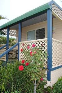 Waterfront Cabin Park - South Coast - 6,600m2 Land