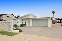 Unit 1, 8 Holland Street, Bargara