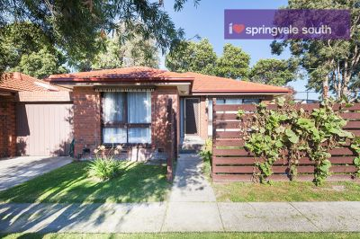 Quality Unit in Springvale South!