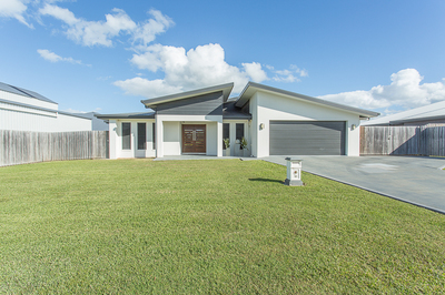 Immaculate Home With 3 bay shed!