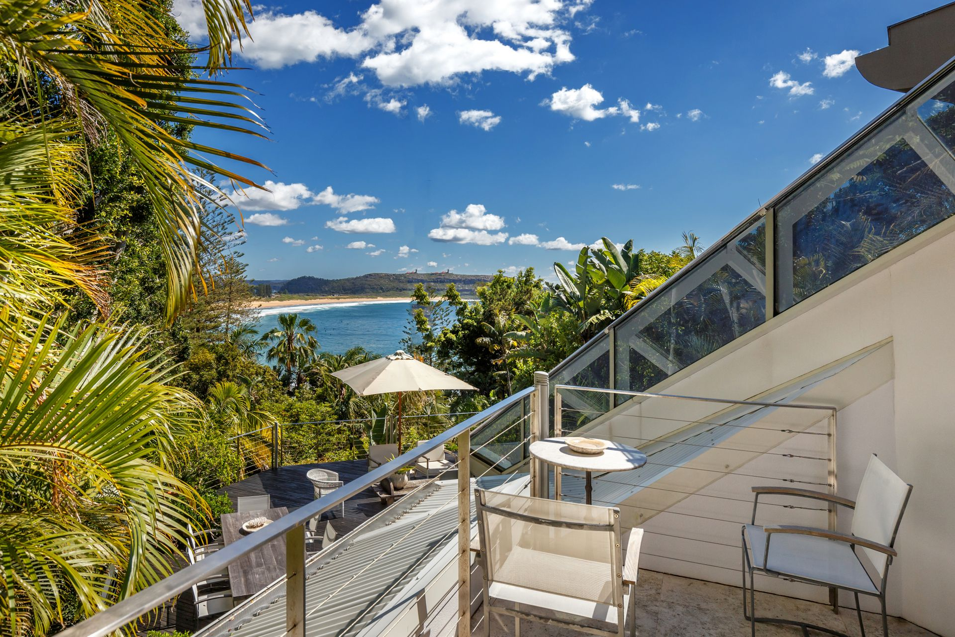 Additional photo for property listing at Breathtaking due-north views 28 Florida Road Palm Beach, New South Wales,2108 Australia