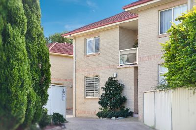 2/2 Margaret Street, Merewether