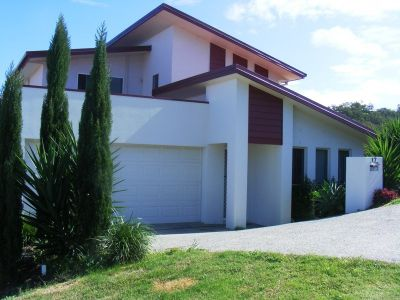 SOLD BY COOMERA REALTY OCTOBER 2009