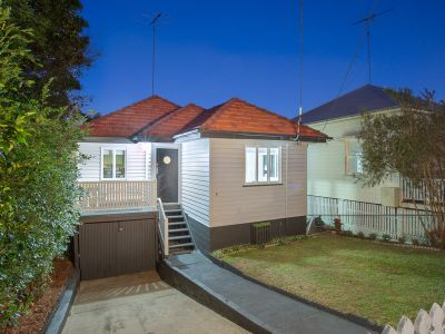 Cute Cottage in Sought after Paddington