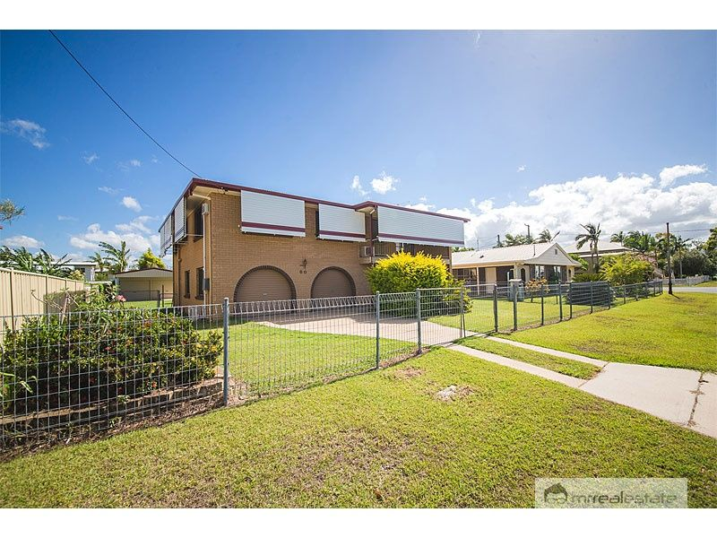 LARGE FAMILY HOME IN QUIET LOCATION!