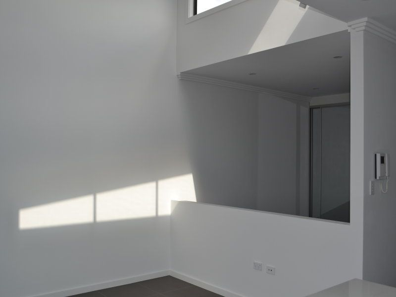 TWO STUDIO APARTMENTS ON TOP LEVEL - BARGAIN