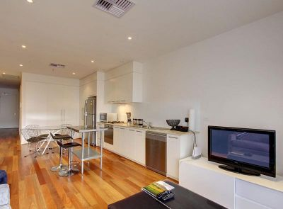 Fully Furnished Apartment on CBD fringe
