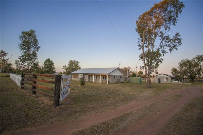 RENOVATED HOME ON AN IMPRESSIVE 40 ACRE'S