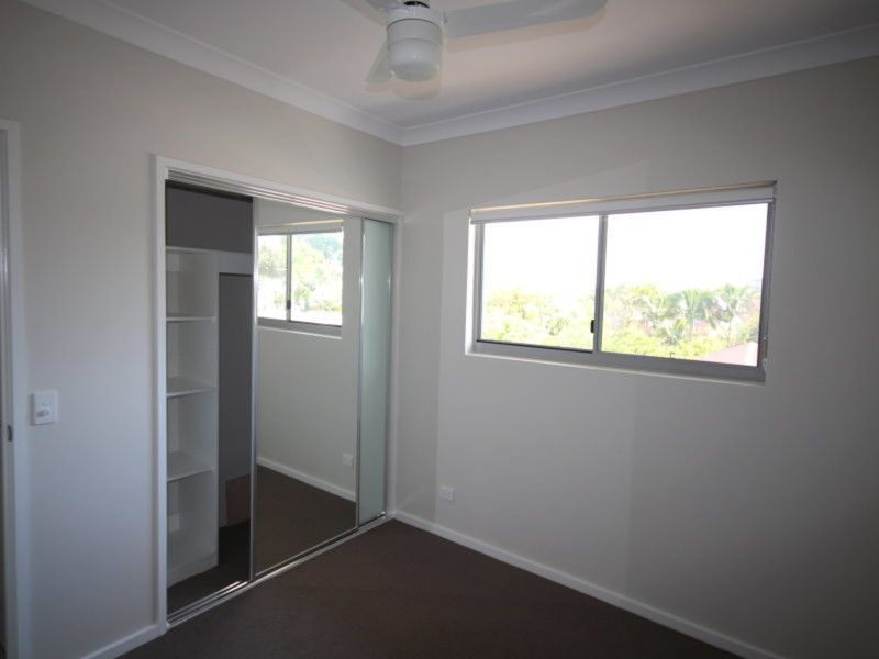 AS NEW 2 BEDROOM UNIT A STONES THROW FROM THE CBD