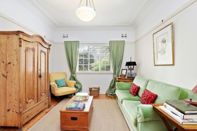 UNDER OFFER - Character filled boutique Federation haven