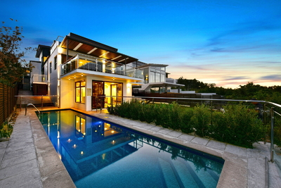 Exclusive, Ocean front address with Immaculate luxury home