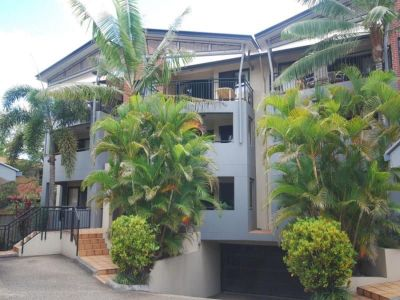 FABULOUS 2BED 2 BATH UNIT - DUCTED AIR CON