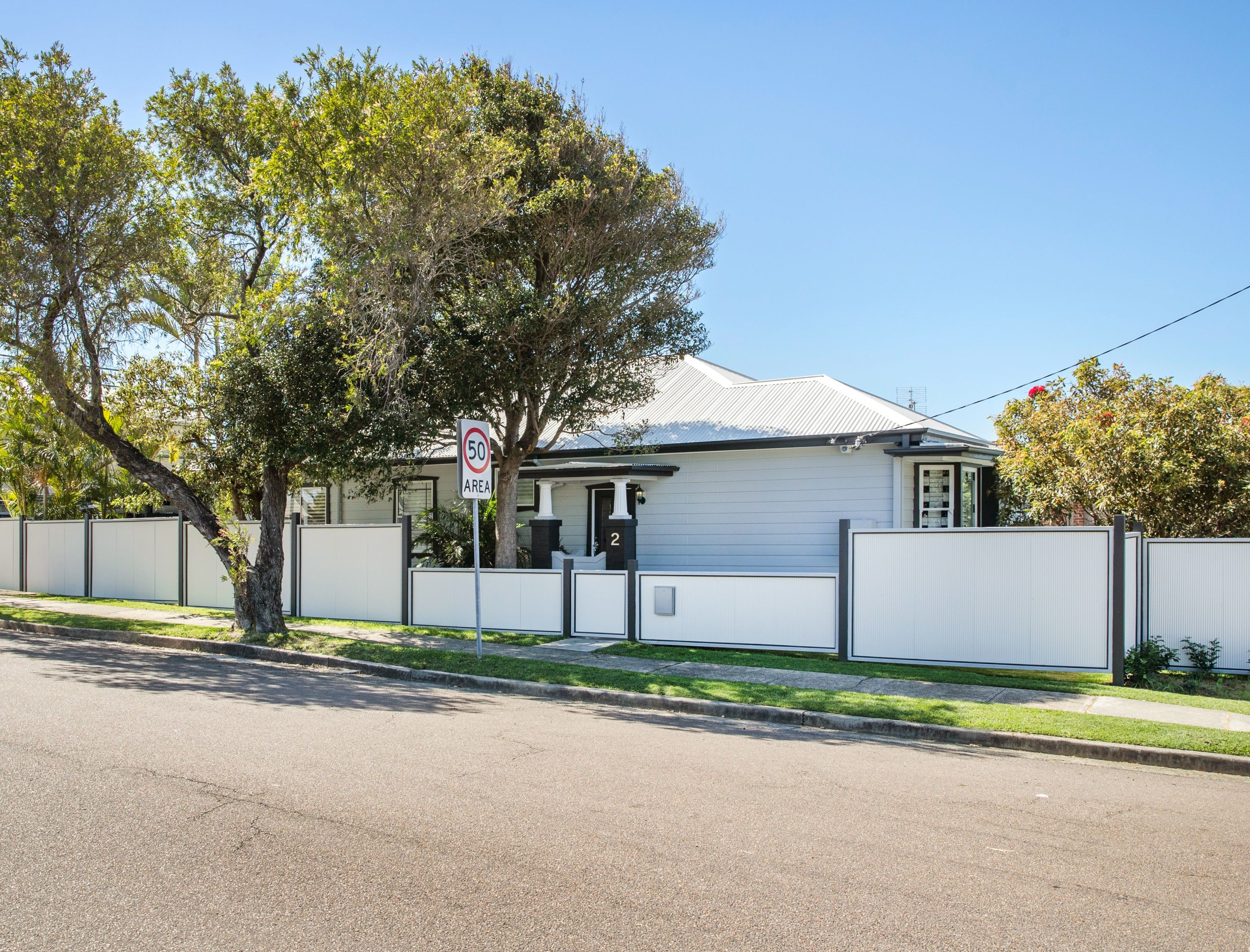 2 Cross Street, Hamilton South