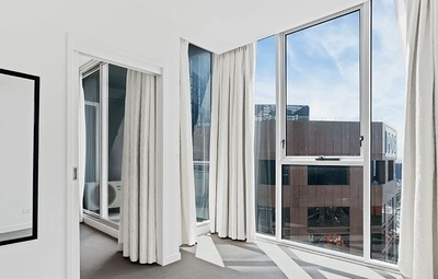 Fantastic Location & Luxury Lifestyle!