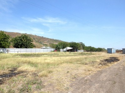 NM883 - Vacant land for storage - SM