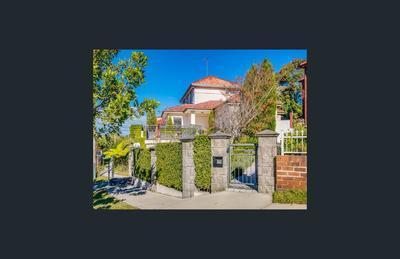 Convenient | Spacious | Low maintenance family home!