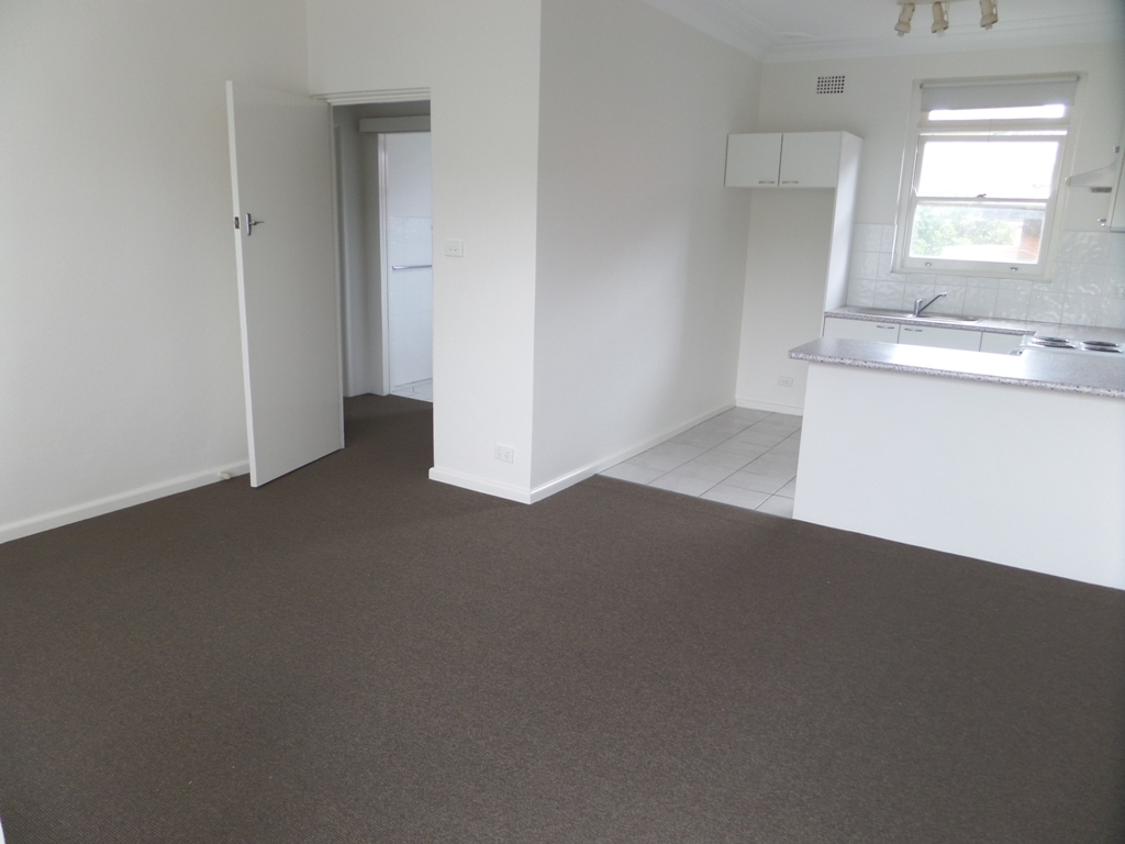 2 Bedroom Apartment only a stroll to Stocklands!