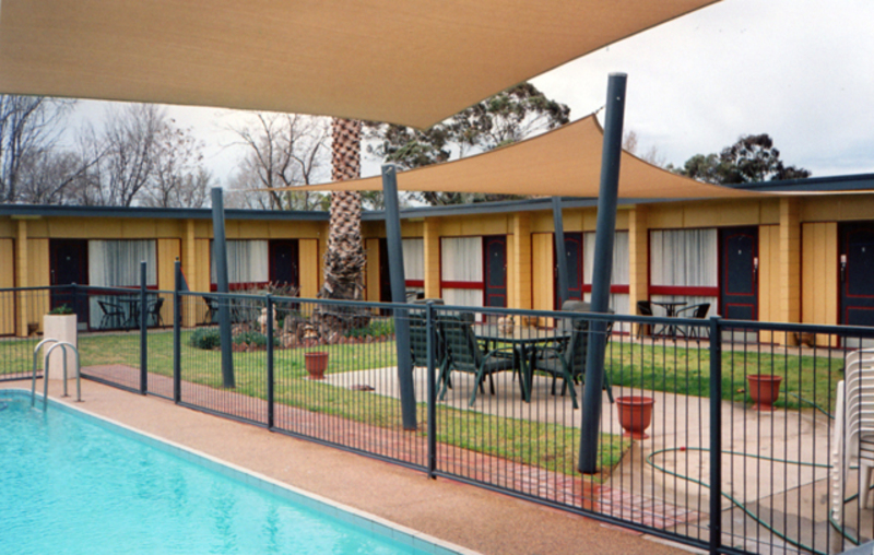 LEASEHOLD MOTEL FOR SALE- POPULAR COUNTRY CENTRE