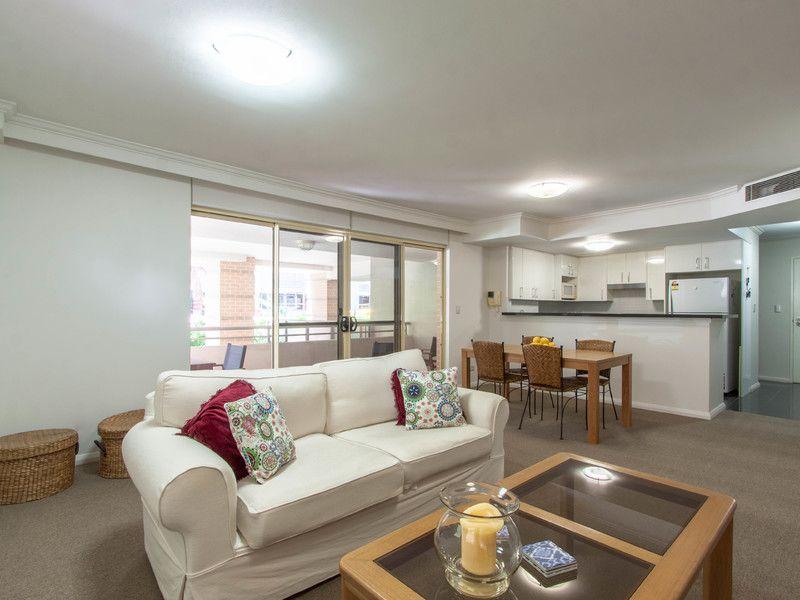 Stylish Apartment in Convenient Location