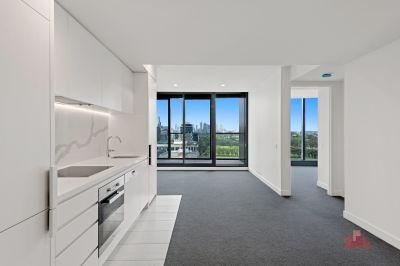 Exquisite 2 Bedroom & 1 Bathroom Apartment With Amazing Location!