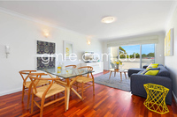 Fabulous top floor apartment! SOLD - Tomorrow's auction cancelled