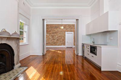 'ESPERANZA' -  Brand New Designer 1 Bedroom Apartment - (ONLY 1 LEFT!)