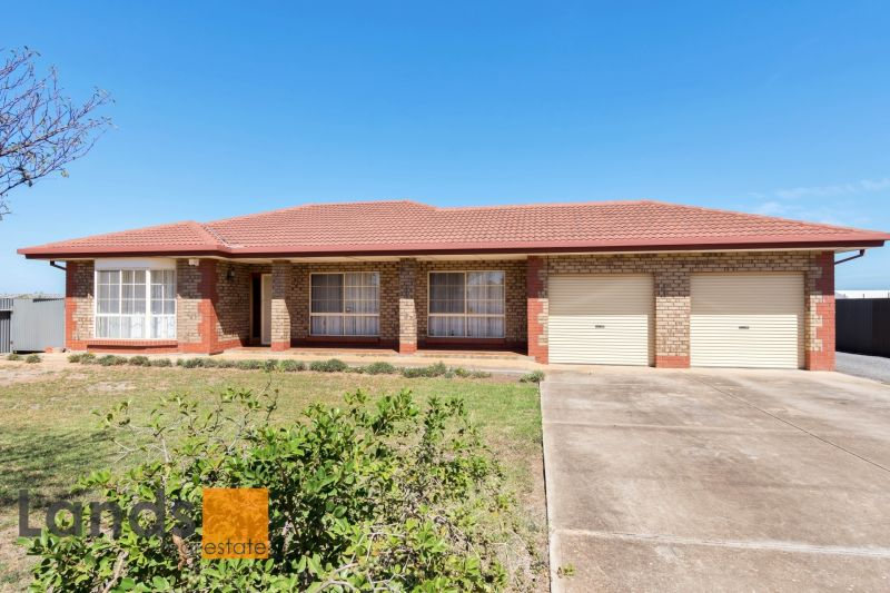 Spacious Family Home on Approximately 47,050sqm of Premium Land!
