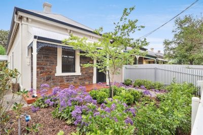 Charming Renovated 3 Bedroom cottage