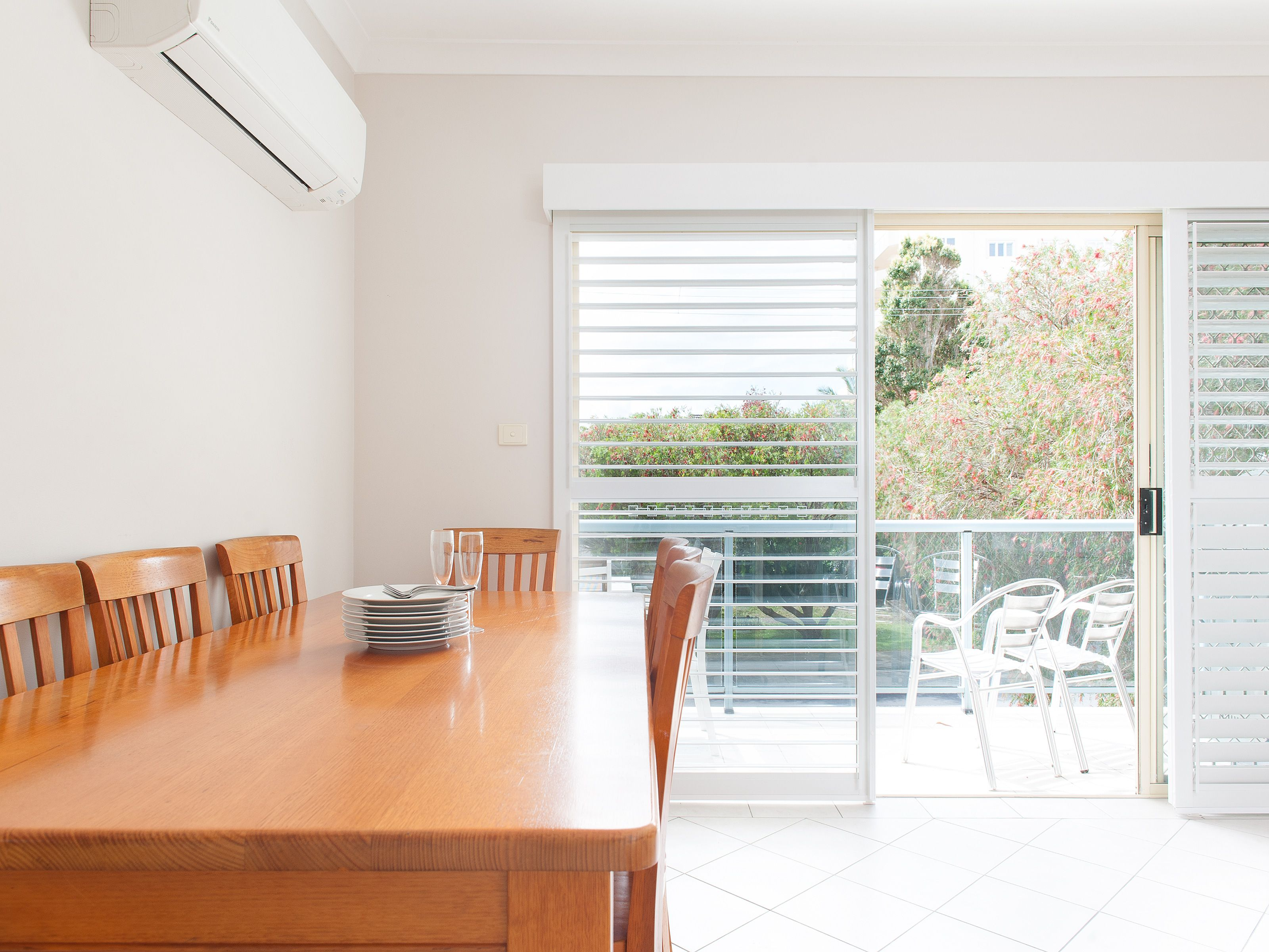 1/3 Messines Street, Shoal Bay