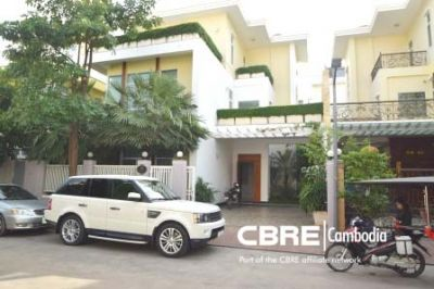 Tonle Bassac | $3,500 USD, Tonle Bassac, Phnom Penh | Villa for rent in Chamkarmon Tonle Bassac img 1