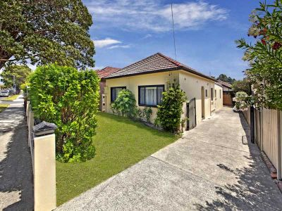 North facing family home in a lifestyle address