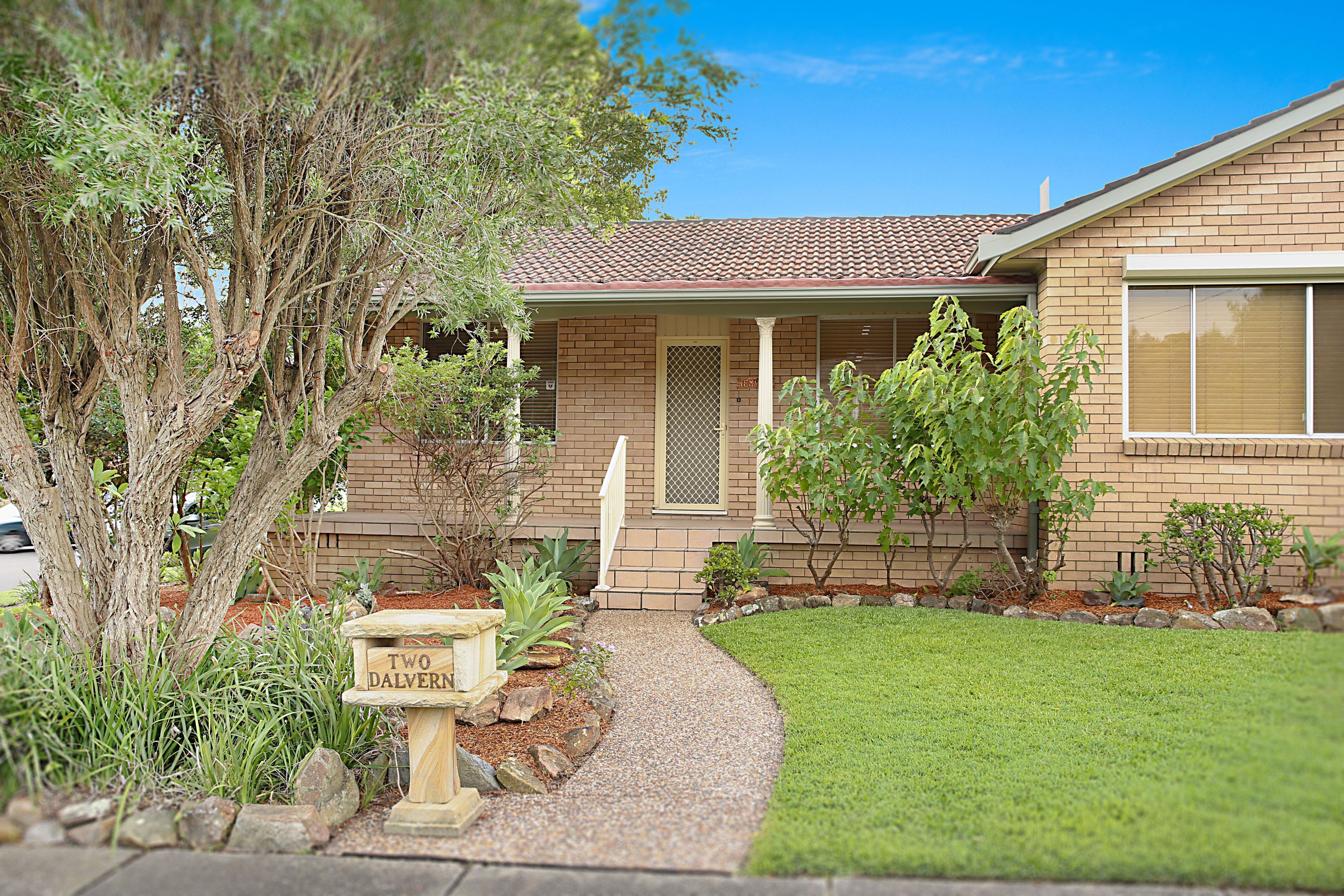 2 Dalvern Close, Adamstown Heights