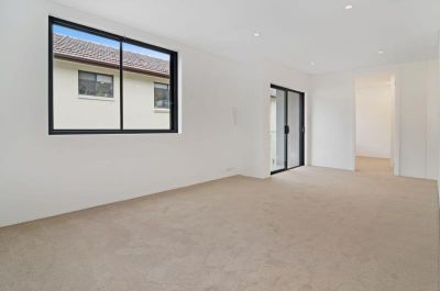 Ultra-Modern 2 Bedroom Designer Unit in the Heart of Bondi