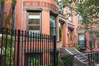 Tremendous Back Bay-South End condo in picturesque brownstone