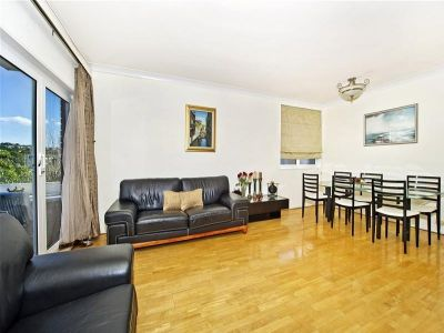 EXCEPTIONAL VALUE! 125sqm Top Floor Apartment with Lock Up Garage