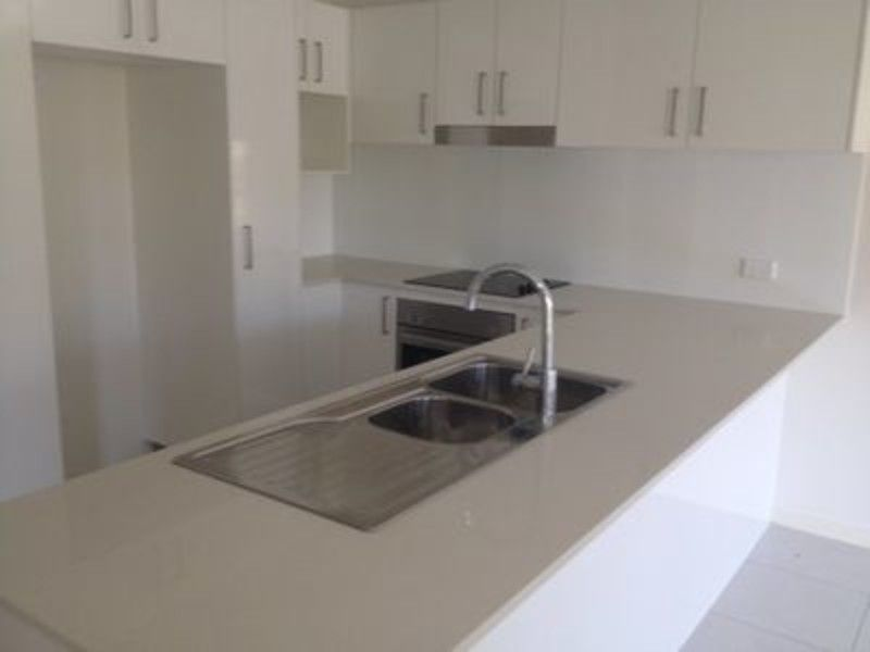 Moden unit in heart of Zillmere