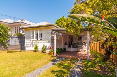 Renovated Cottage In The Heart of Bardon