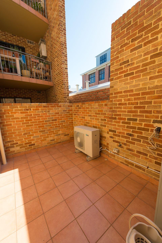 1/37 Pakenham Street, Fremantle