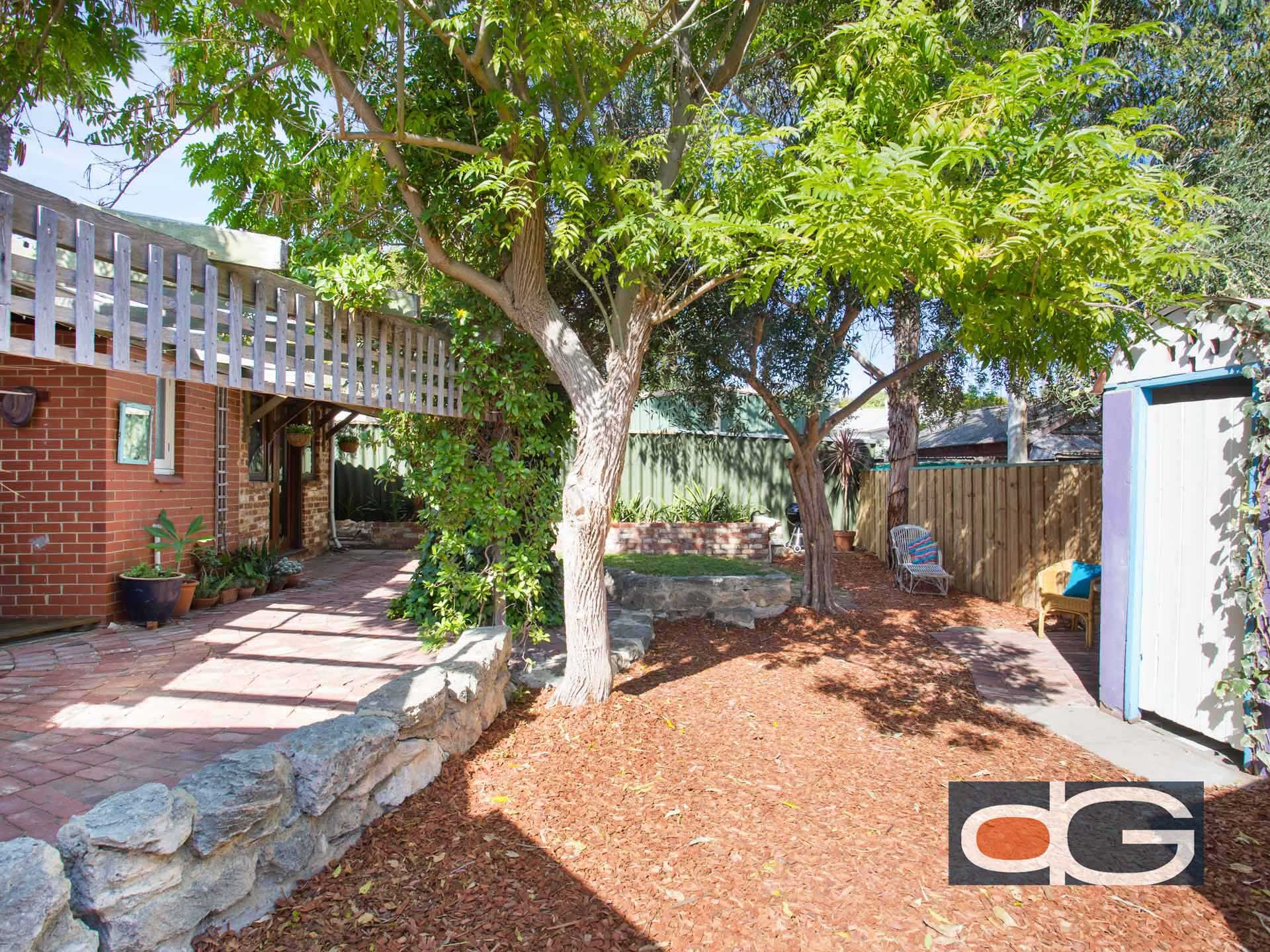 133 Hampton Road, South Fremantle