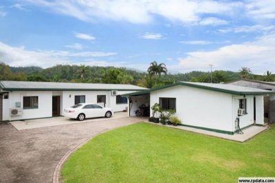 Three Bedroom Duplex in Edgehill
