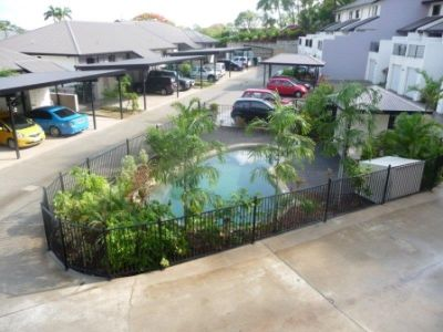THREE BEDROOM TOWNHOUSE IN FRESHWATER