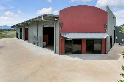 HIGH QUALITY WAREHOUSES/OFFICES ON CORNER LOCATION