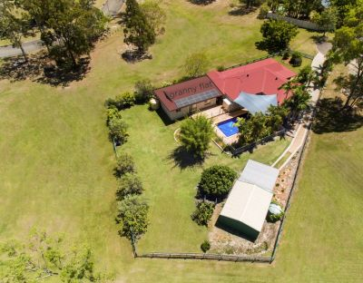 SUPER PRIVATE DUAL LIVING HOME WITH SHED + POOL
