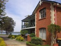 434 The Esplanade Warners Bay, Nsw