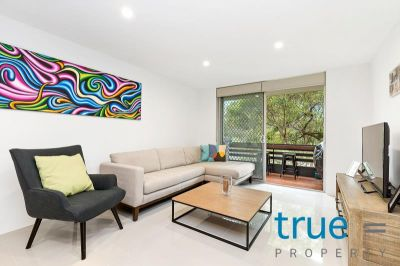 = APPLICATION RECEIVED = LUXURIOUS, STUNNING AND ULTRA-MODERN EXECUTIVE APARTMENT