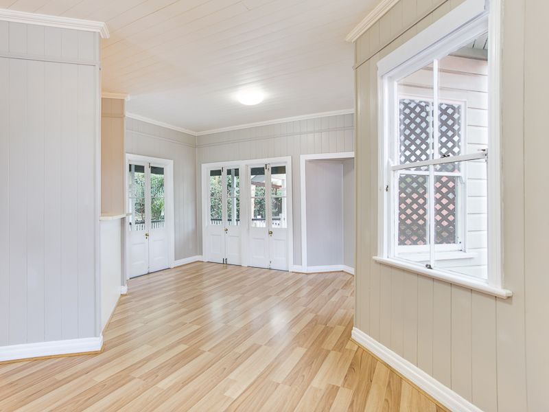 22 Surrey Street Red Hill 4059